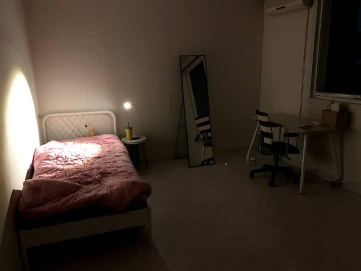 (남춘천역 보도 7분) 춘천 토박이 대학생의 1.5룸 자취방