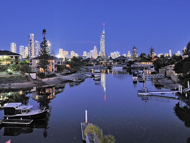 Best Holiday House on the Gold Coast Feb Special