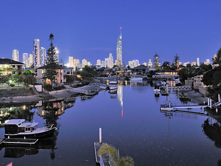 Best Holiday House on the Gold Coast School Sale!