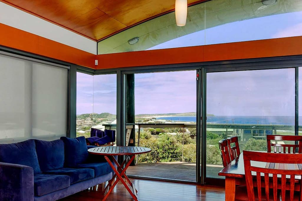 Stunning 270 degree views from Pyramid Rock through to Cape Woolamai and across Westernport Bay.