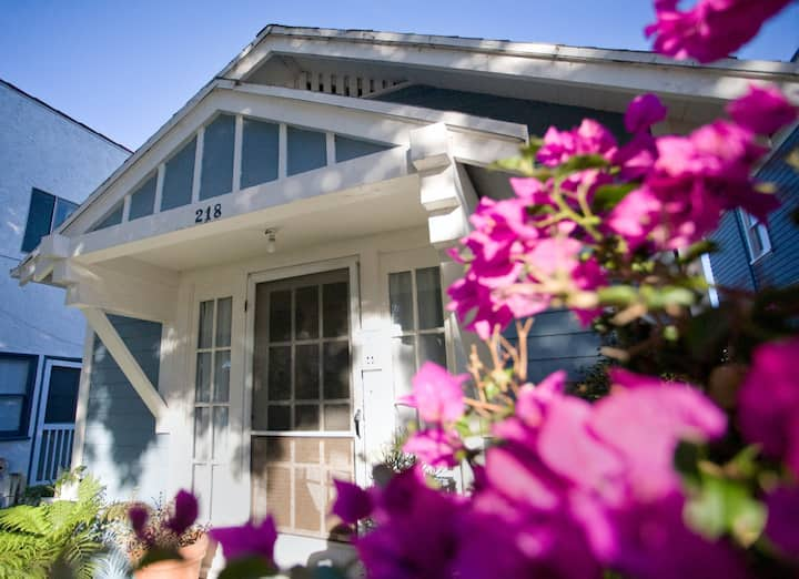 2block from beach-Historic Bungalow discount/month