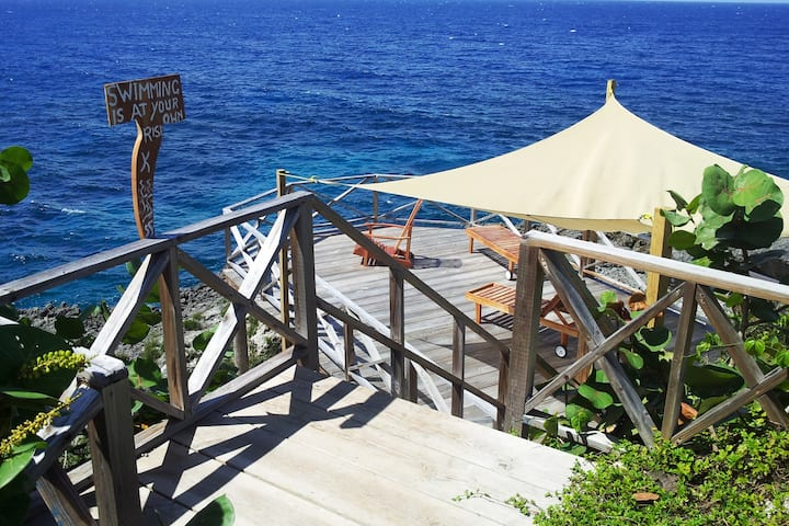 Real Jamaica - Cabin  right beside the sea