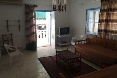 Appartement meublé Salon + 2 ch à Hammamet