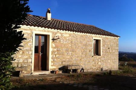 Sardinian stazzo with seaview - Haus