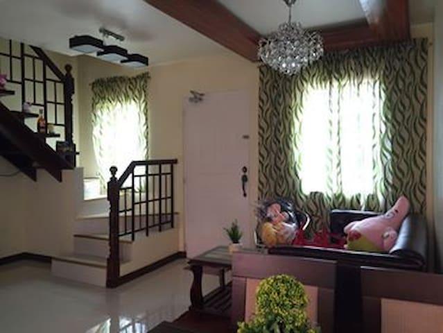 Aling Lita's guest house