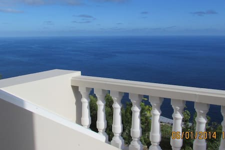 Traumhaus mit Atlantikblick - Puntallana