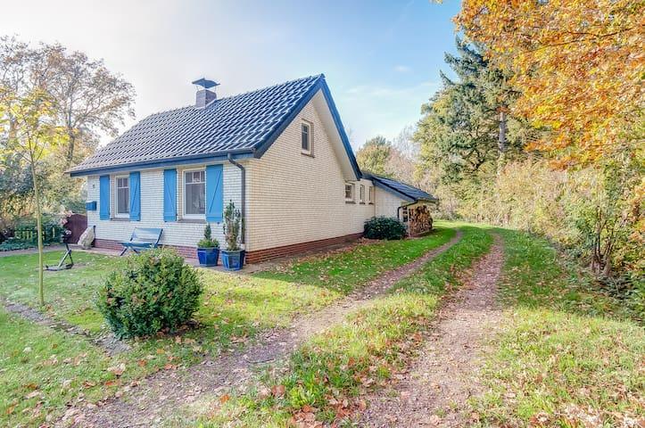WITTEHUS Ostfriesland Ferienhaus  D - Rhauderfehn - Hus