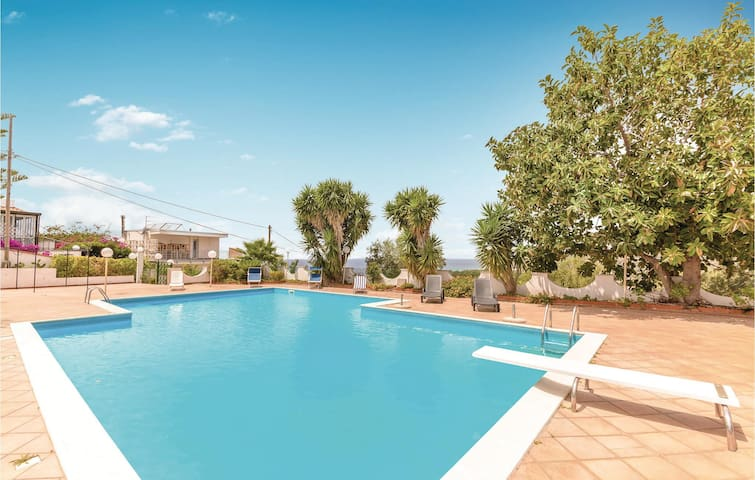 Holiday cottage with 4 bedrooms on 200m² in Castellabate SA