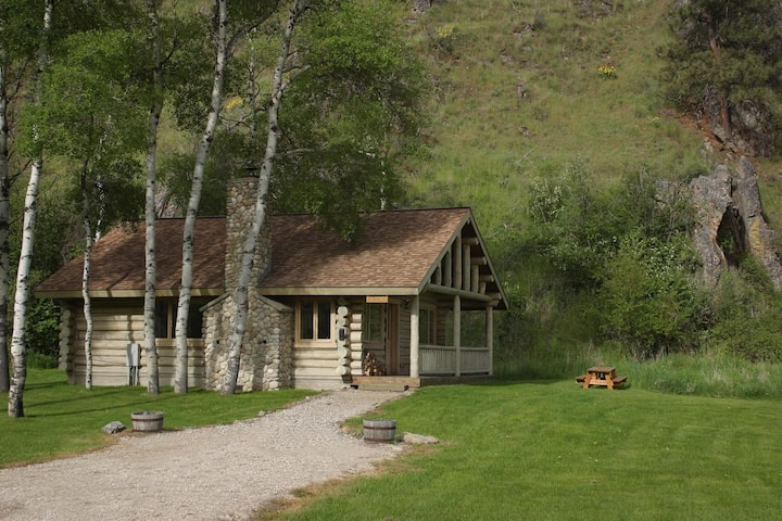 Rye Creek Lodge- Aspen Cabin