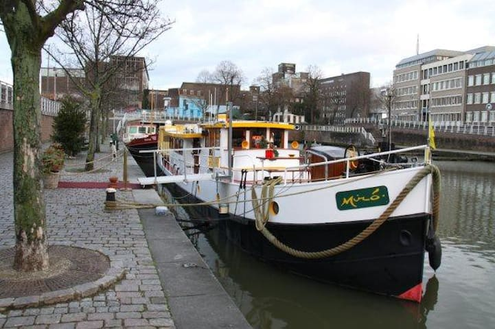 Hotel Yacht Miro Maastricht - Maastricht - Boat