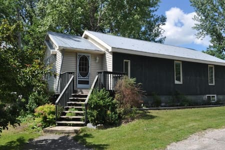 Snuggle into this cozy Fully Equipped 2BR retreat.