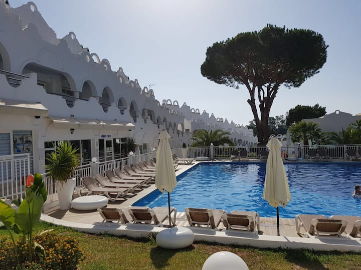 2 bedroom appartment duplex in Marbella Las Chapas