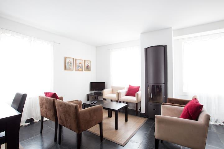 Apartamento Enoturismo - Vila Verde dos Francos - Flat