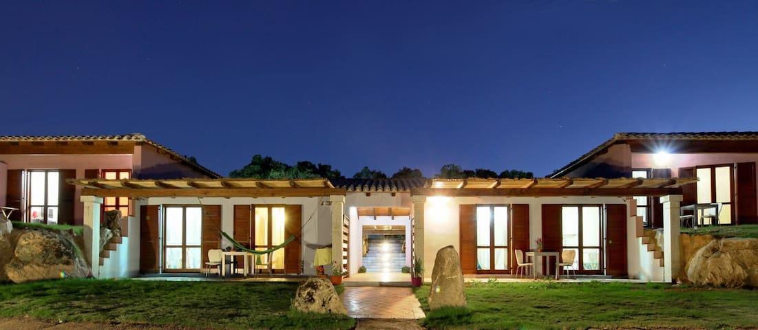 "Sardinia Green Park Country Lodge   ""Eco Flats"" - San Pantaleo - Apartment"