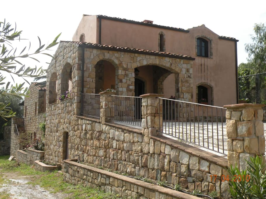 ingresso casa padronale