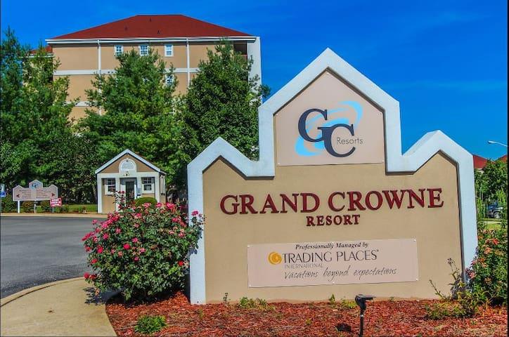 Summer@Branson The Surrey Grand Crowne Resort
