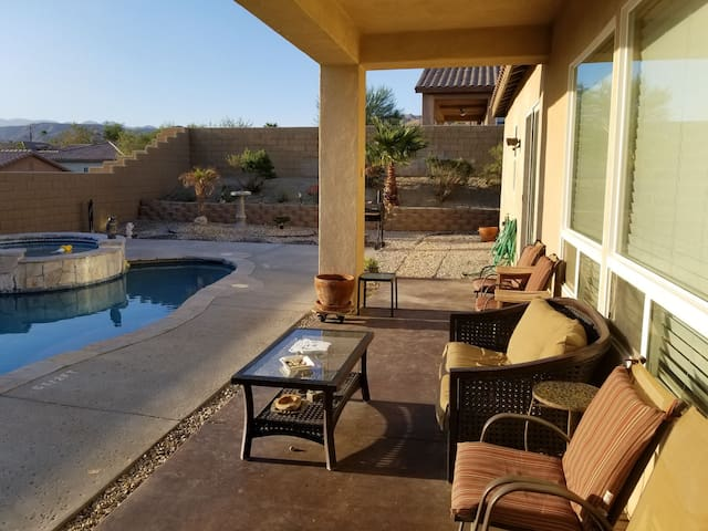 Desert Escape with Private Saltwater Pool & Spa