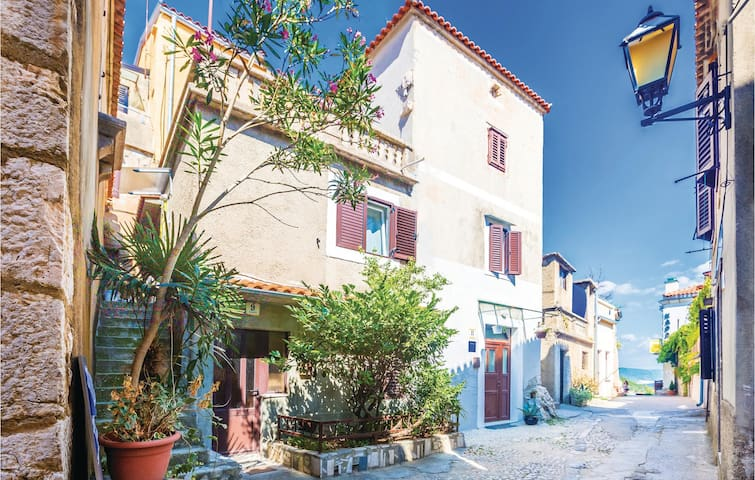 Holiday apartment with 1 room on 24m² in Vrbnik