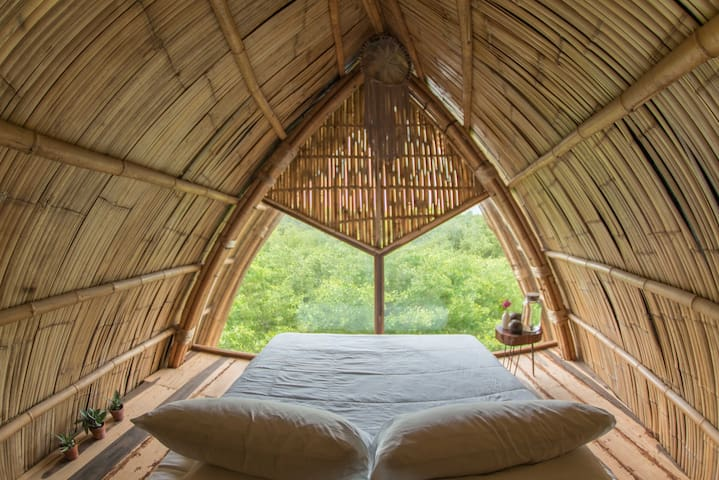 Unique bamboo loft with amazing sunset views