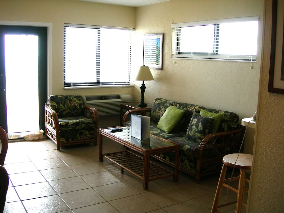 This gives you an idea of the living room and door to the balcony overlooking the ocean. This is also a sofa-bed