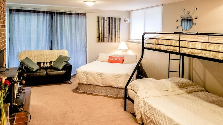 """The """"Grand Suite"""" at 5 Rock"""