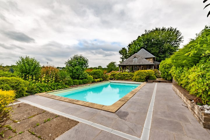 Beautiful family home - pool - 12P - Honfleur