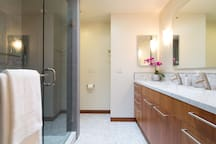Guest Suite 2: Luxury Appointments w/ Marble Counter & Flooring
