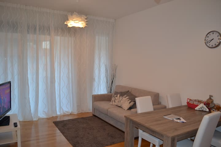 Two Bedrooms Apartment | 4 Star Family & Friends