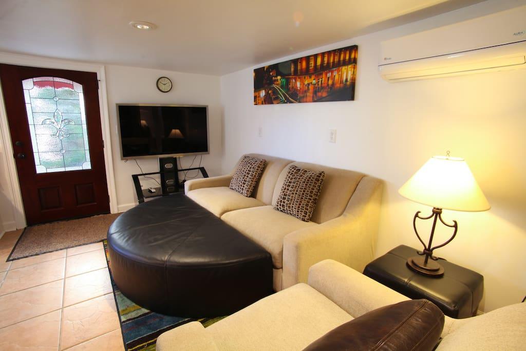 elegant uptown 2 bedroom apartment houses for rent in