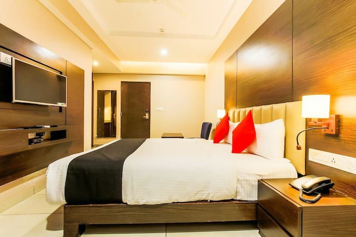Twinkle Star Rooms In Center of Calangute RE