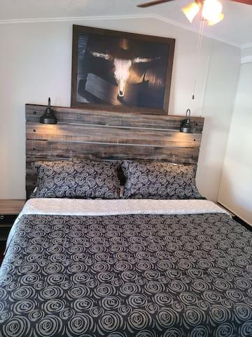 King Size Bed, Memory foam