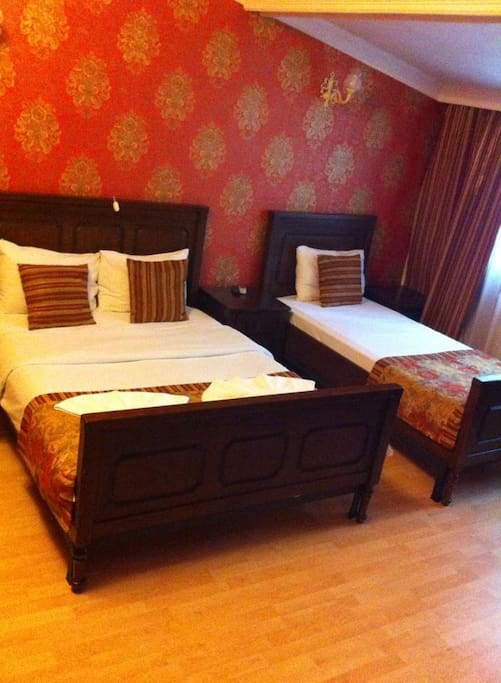 Room for three(1 double, 1 single bed)