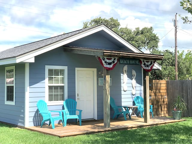 SeaStar Cottage in beautiful Lamar!!