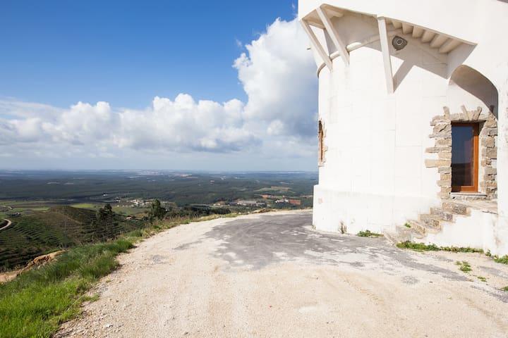 Mirante nupcial - Vista incrivel - Vila Verde dos Francos - Kasteel