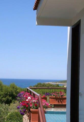 Villa con vista su incantevoli baie - Leporano Marina