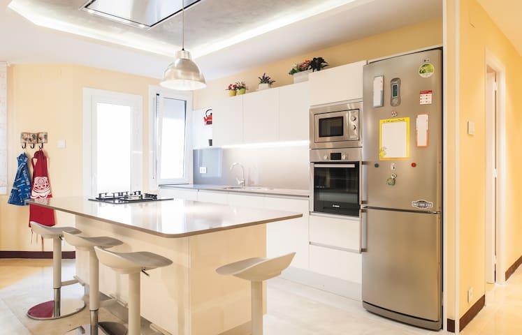 Amazing apartment eixample appartamenti in affitto a for Appartamenti eixample barcellona