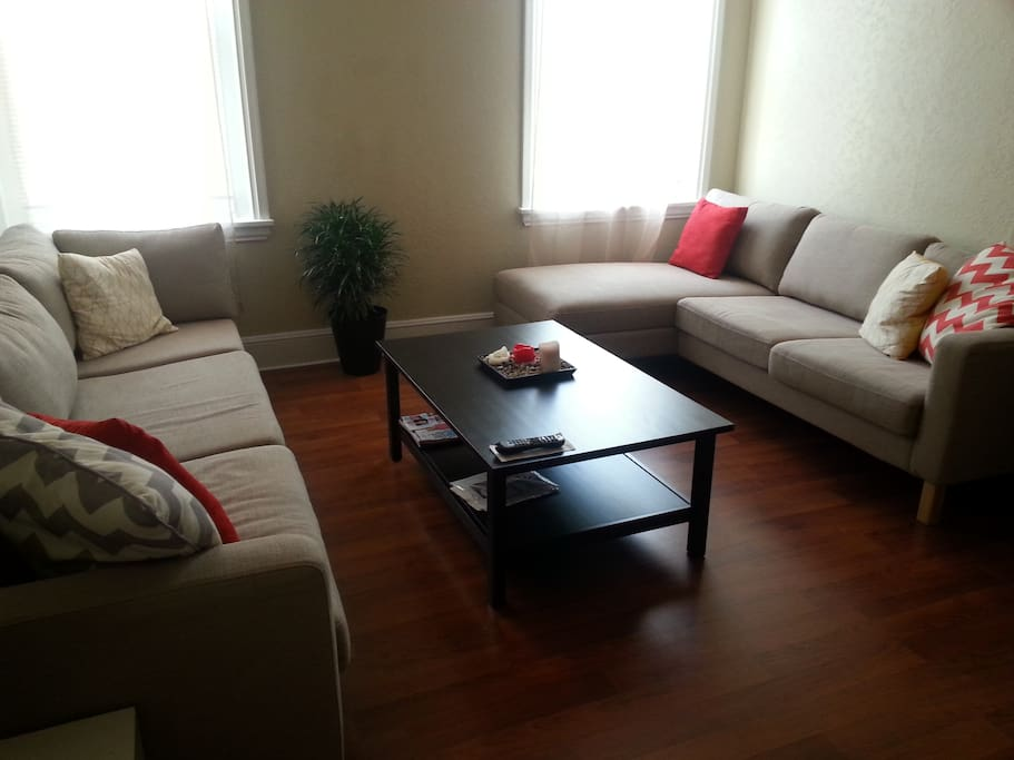 sunny 2 bedroom apartment apartments for rent in