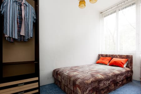 Private room in green Buda - Budapest - Bed & Breakfast