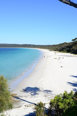 24 HYAM RD~A PERFECT PLACE TO UNWIND & ENJOY. - Hyams Beach - Дом