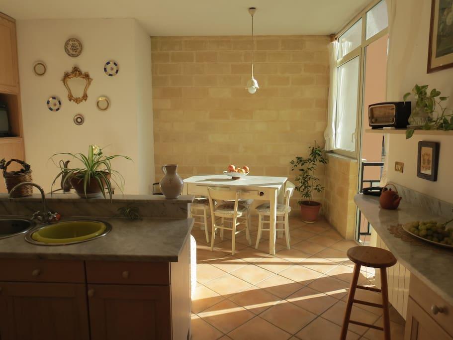 La cucina - sala da pranzo