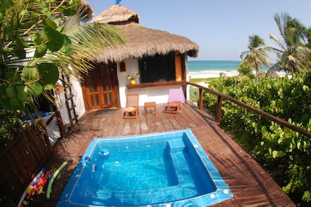 Luxury Beach Front Studio w/jacuzzi and terrace - Tulum