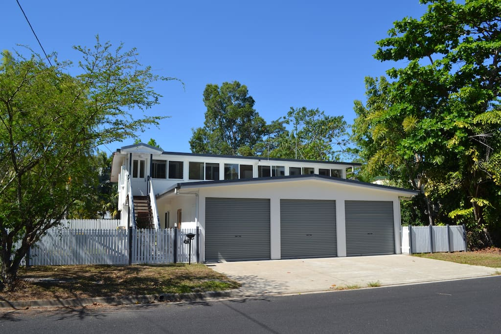 mc donagh accommmodation h user zur miete in edge hill queensland australien. Black Bedroom Furniture Sets. Home Design Ideas