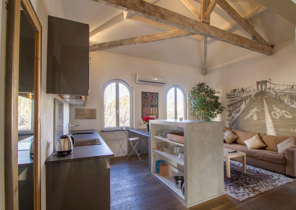 Appartement loft de charme wifi tv sainte maxime lofts - Loft salon de provence ...