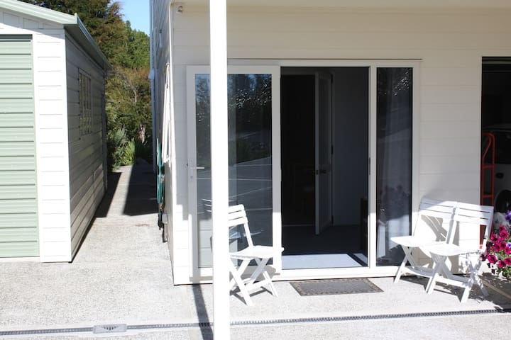 Inhouse unit overlooking Tasman Bay - Kaiteriteri - Appartement