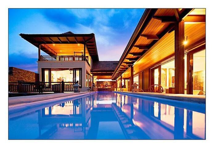 """""""BaliNatal"""" The most exotic villa in Natal"""