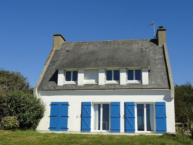 Confortable villa vue sur l'océan - Plonévez-Porzay - Dům