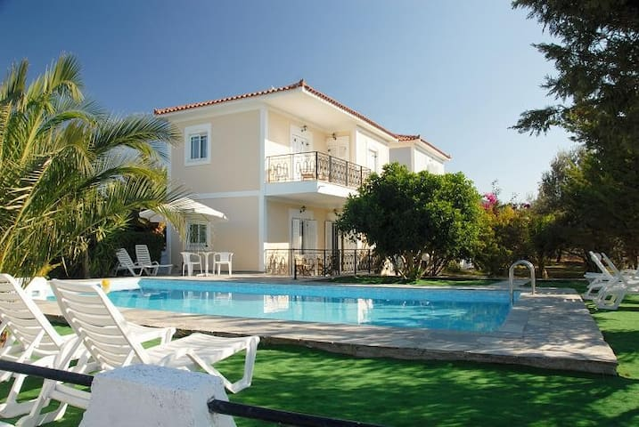 A paradise close to the sea - Mesokampos - Daire