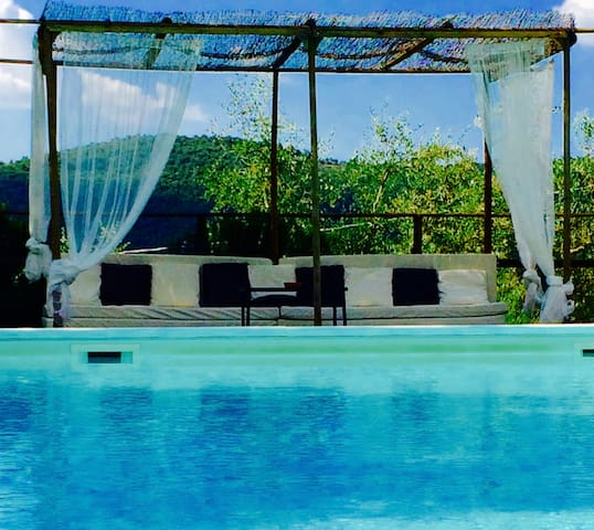 Villa in Umbria with pool/Chef/cooking class/relax