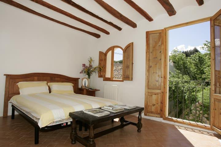 Tired of noise? Enjoy Casa Mañana!