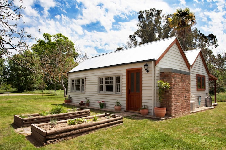 Cortes Cottage